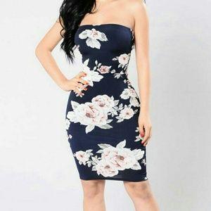 fashion nova strapless floral navy blue dress SZ S